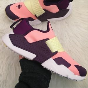 New Nike Huarache Extreme Womens